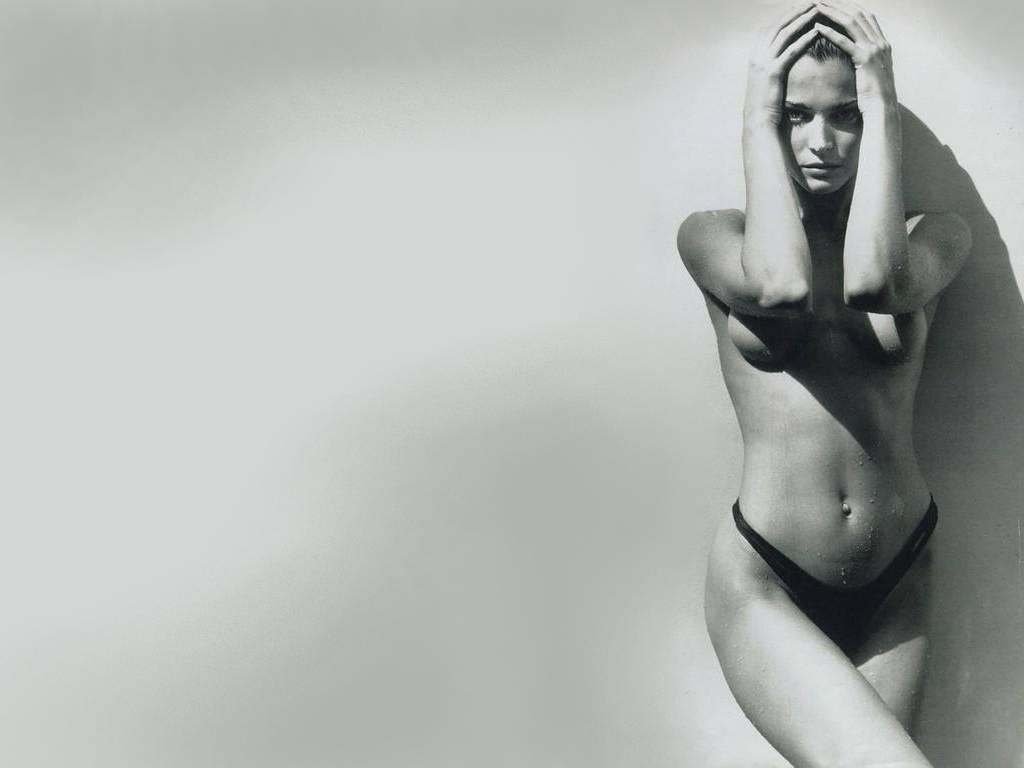 stephanie seymour nude pictures