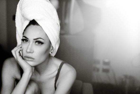 Melissa-Satta-par-Signe-Vilstrup-pour-Vanity-Fair-Magazine-juillet-2011-1