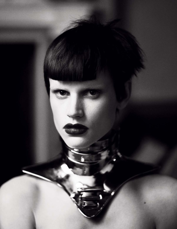 elise-crombez-saskia-de-brauw-by-mert-marcus-metal-headz-interview-march-2012-15