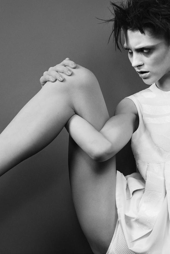 Saskia-de-Brauw-by-Craig-McDean-for-Vogue-Italia-February-2014-2